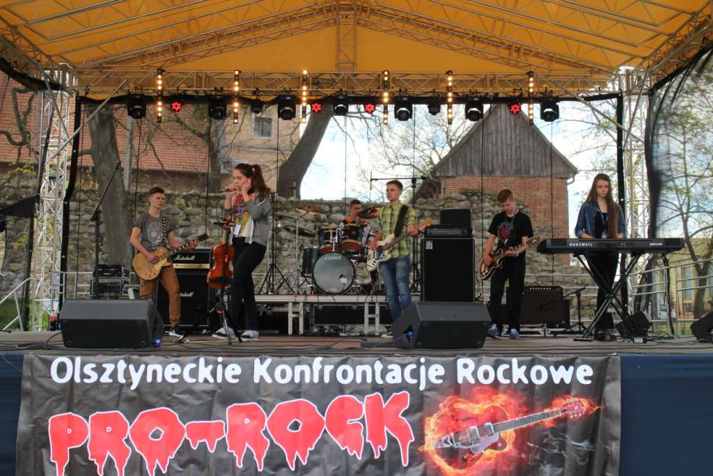 Rockowe granie w Olsztynku  - full image
