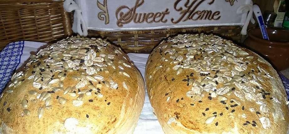 Chleb pszenny ziołowy