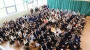 Maturzyści z Grunwaldzkiej pożegnali się ze szkołą [film, zdjęcia]