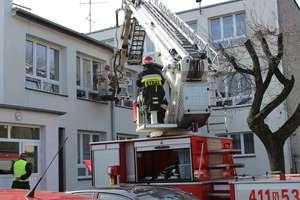 Strażacy ćwiczyli w szkole