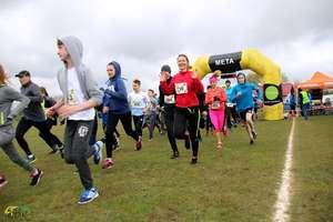 Ponad 300 biegaczy nie przestraszyło się aury