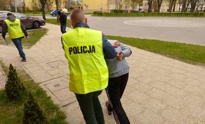 Areszt dla 25-latka, który znęcał się nad matką. Mieszkańcy Lipowiny od dawna się go bali