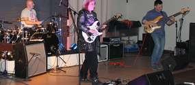 Jennifer Batten wraz z innymi muzykami w Lubawie zagrała dwa lata temu