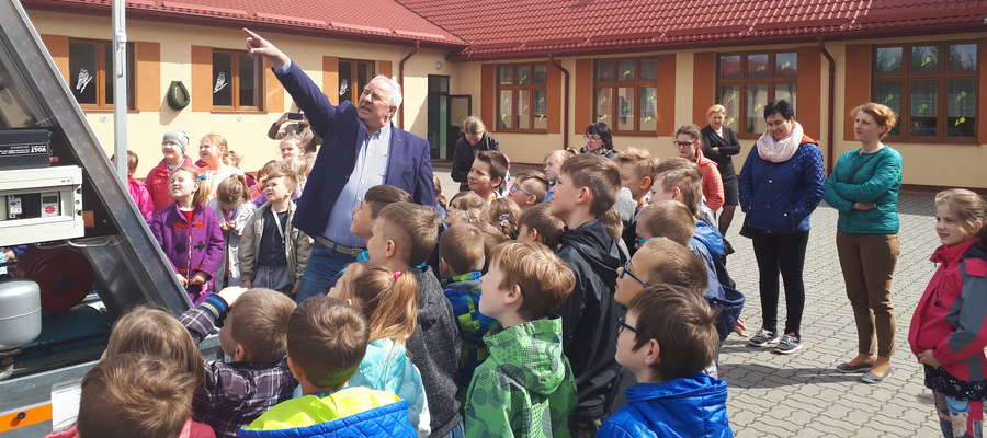 Jan Falkowski prezentuje Platformę Edukacyjną OZE