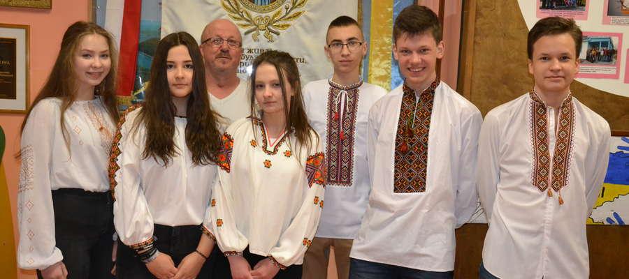 W małej bartoszyckiej szkole duże osiągnięcia -  mamy 5 tytułów laureata i 8 tytułów finalisty w kuratoryjnych konkursach przedmiotowych
