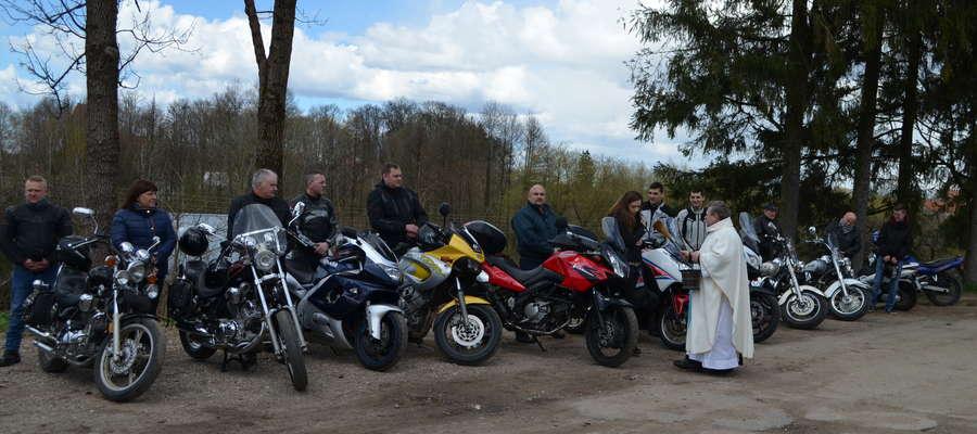 Otwarcie Sezonu Motocyklowego MOTORstart w Dźwierzutach