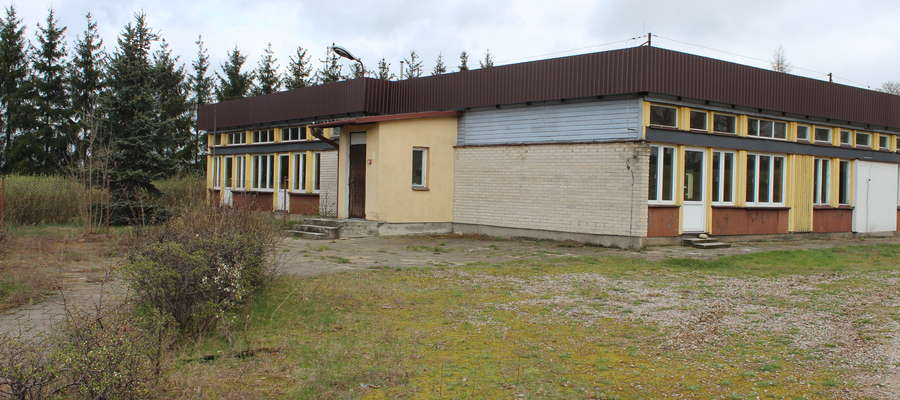 Remont budynku musi zakończyć się przed końcem roku.