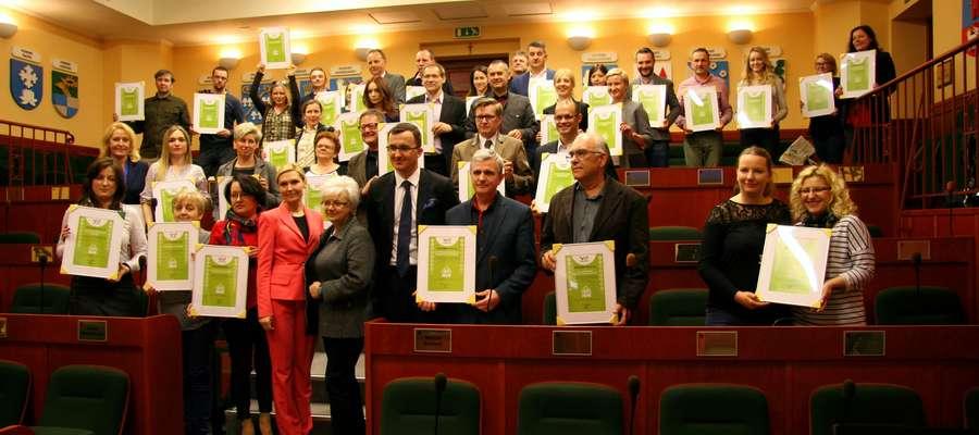 Certyfikaty wręczono w Urzędzie Marszałkowskim. Fot. Urząd Marszałkowski w Olsztynie.