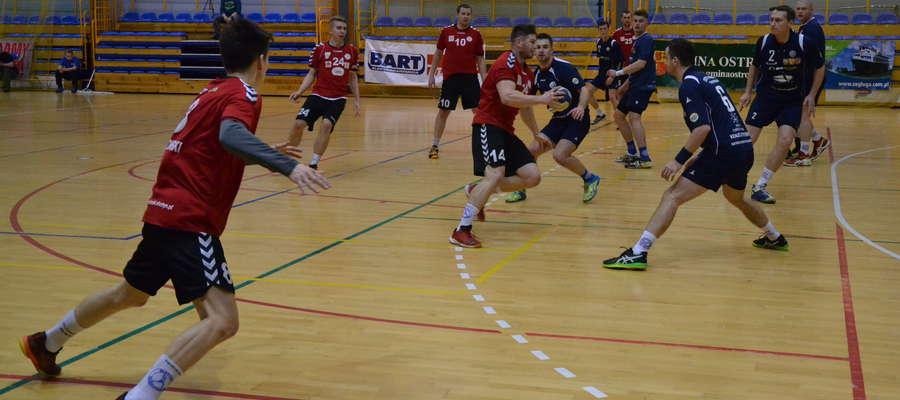 W derbach województwa warmińsko-mazurskiego po raz drugi w tym sezonie górą byli piłkarze ręczni Orkana