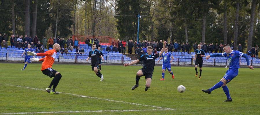 Piotr Karłowicz mógł sam rozstrzygnąć losy meczu na korzyść gospodarzy
