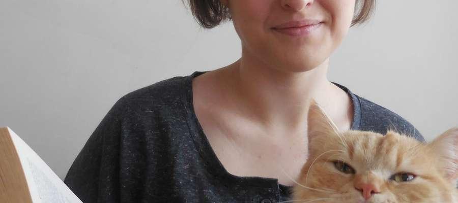 Julia Świderska ze swoim kotem Pino