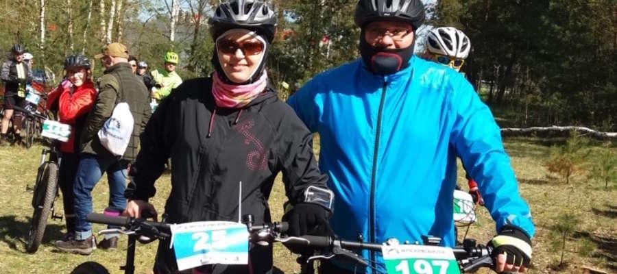 """Policjanci z Iławy wzięli udział w rowerowym """"Wyścigu Pięciu Jezior"""""""