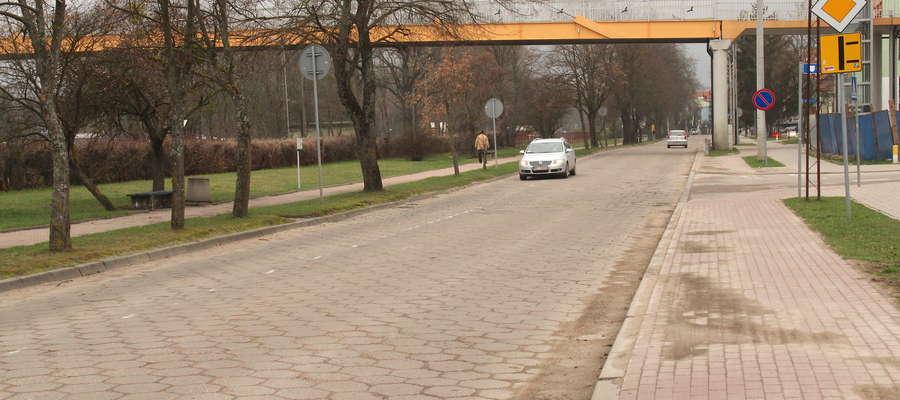 Ulica Kolejowa do końca czerwca powinna mieć nawierzchnię asfaltową