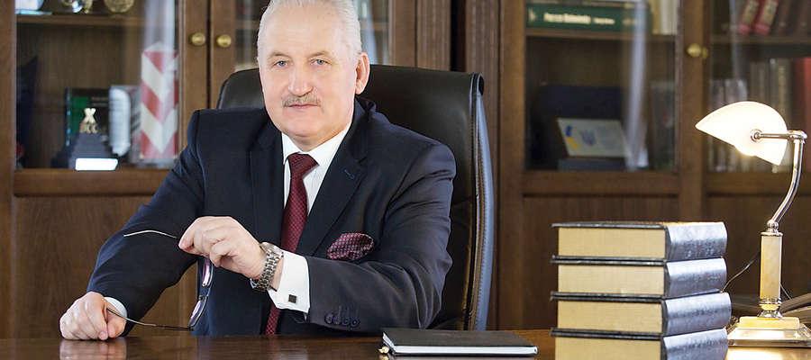Gustaw Marek Brzezin- Marszałek województwa