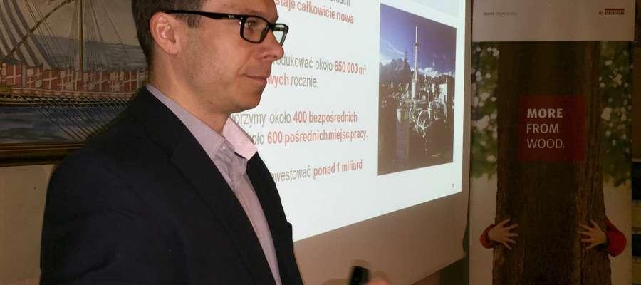Waldemar Zawiślak, przedstawiciel firmy EGGER