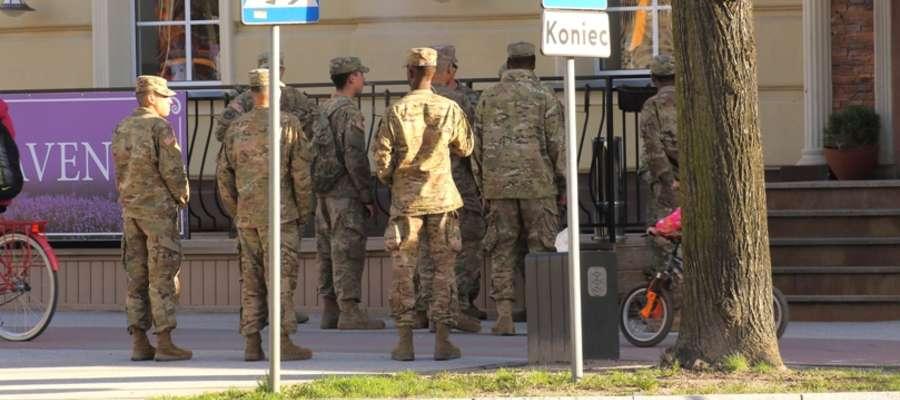 Żołnierze z Batalionu NATO na przepustce w Giżycku