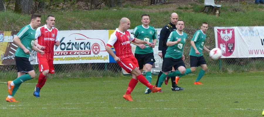 W ostatnim meczu GKS Wikielec pokonał w pojedynku na szczycie ligowej tabeli Znicz Biała Piska