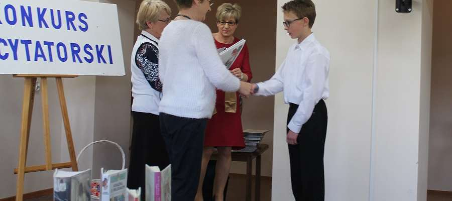 Konkurs recytatorski w Mikołajkach
