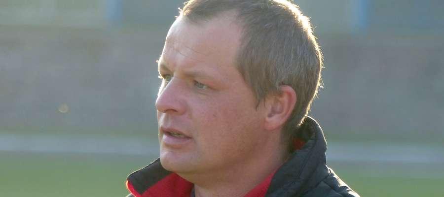 Trener Mariusz Zadrożyński od początku rundy wiosennej odpowiada za wyniki GKS II Wikielec