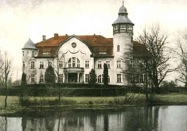 Pałac w Bajdach - full image