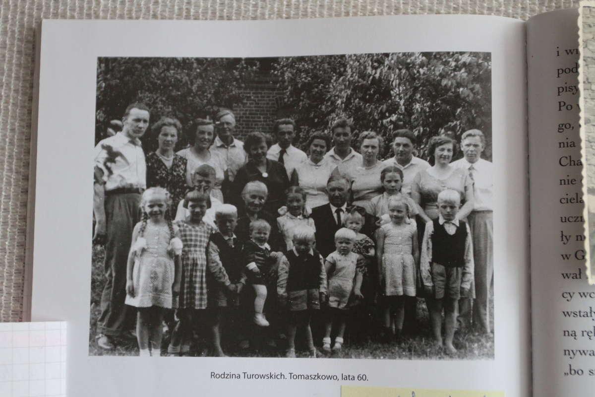Rodzina Turowskich, lata 60. XX wieku, Tomaszkowo  - full image
