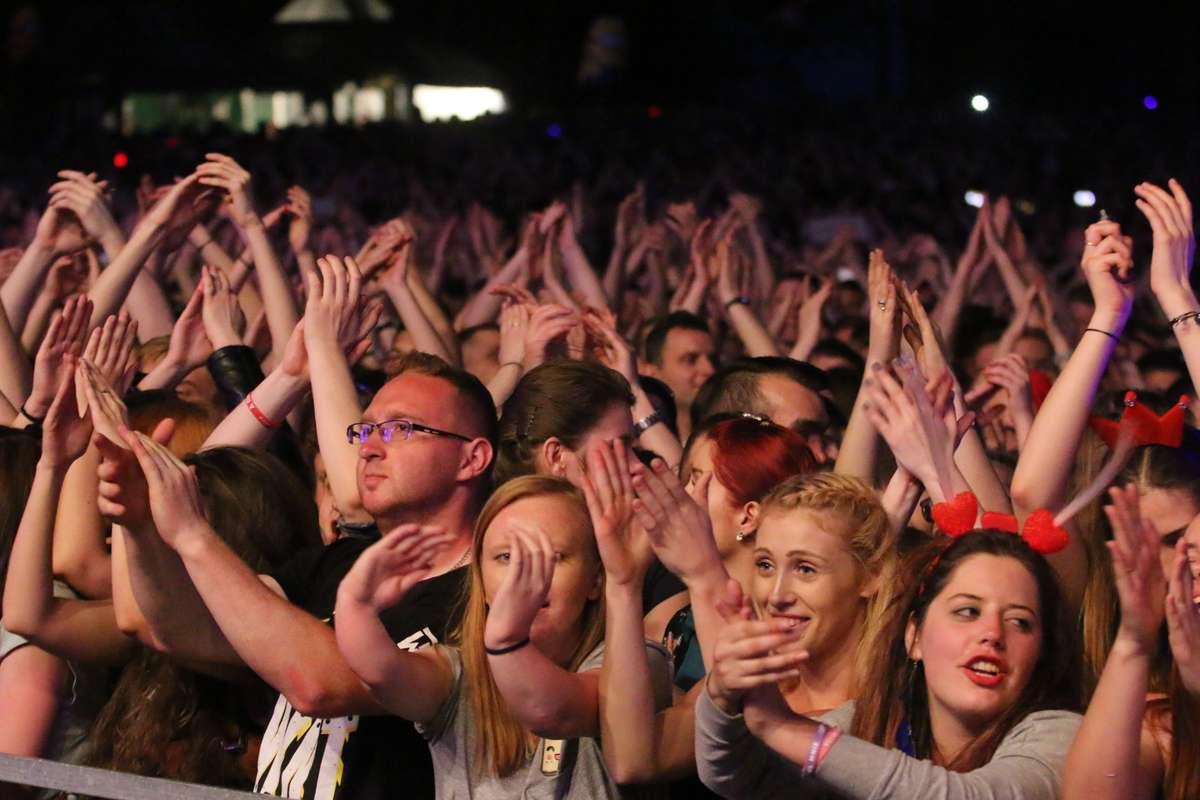 Bój wydziałów i piątkowe koncerty na Górce Kortowskiej. Zobacz zdjęcia! - full image
