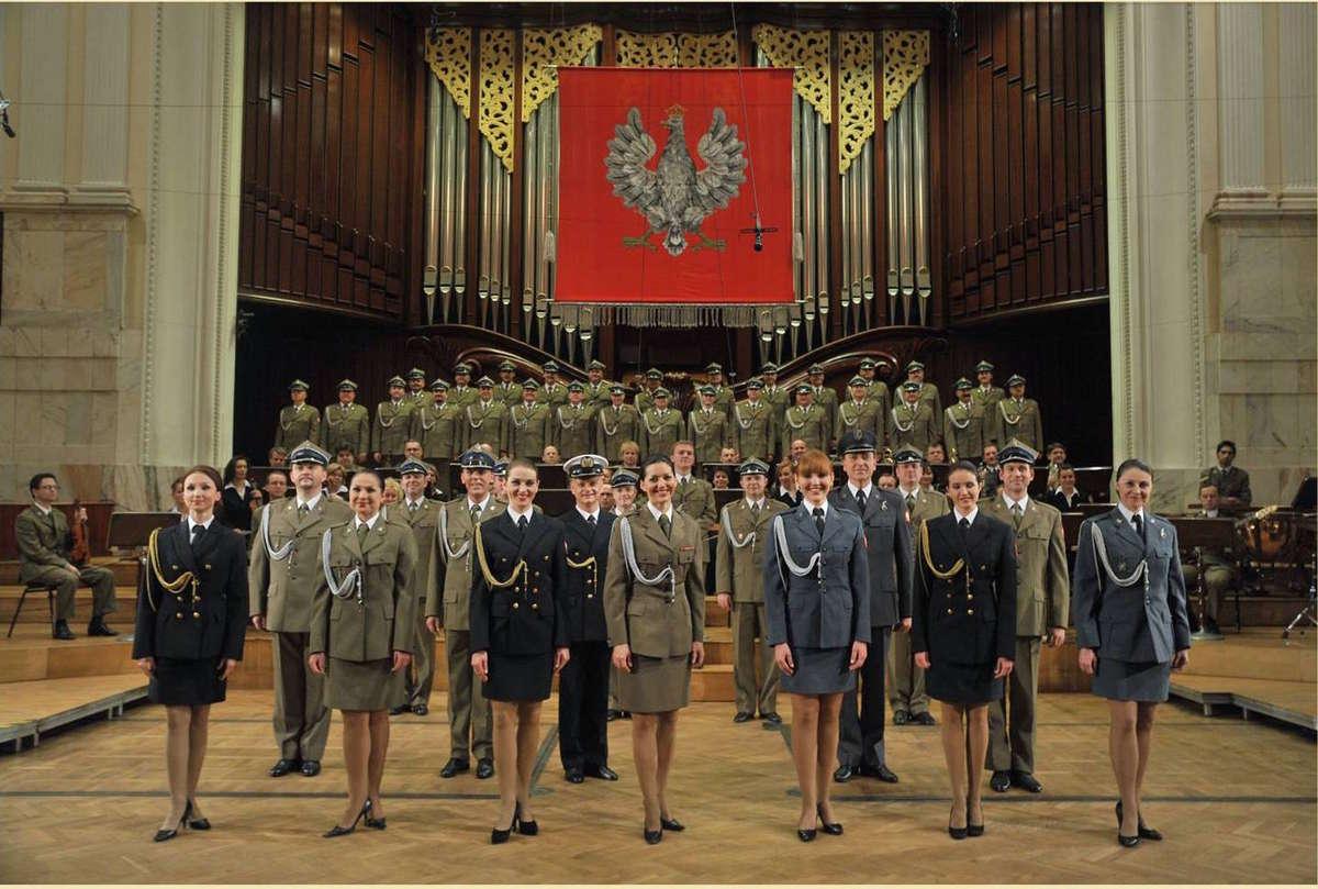 Koncert Reprezentacyjnego Zespołu Artystycznego Wojska Polskiego - full image