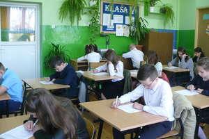 Parafialny konkurs w szkole w Zajączkowie