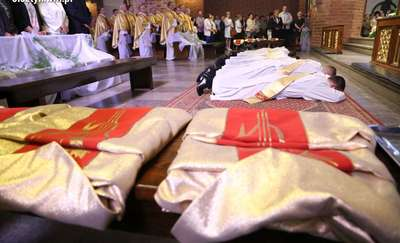 Święcenia kapłańskie w konkatedrze św. Jakuba w Olsztynie