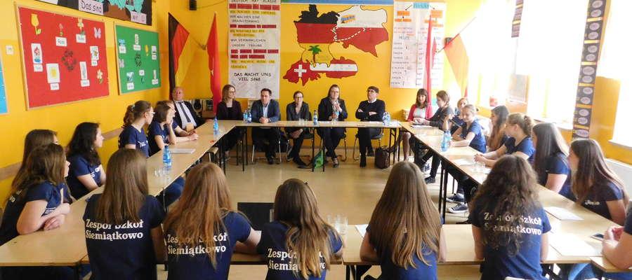 Pośród wizytatorów w Siemiątkowie była Dyrekcja Goethe-Institut - Christoph Bartmann i Urlike Würz.