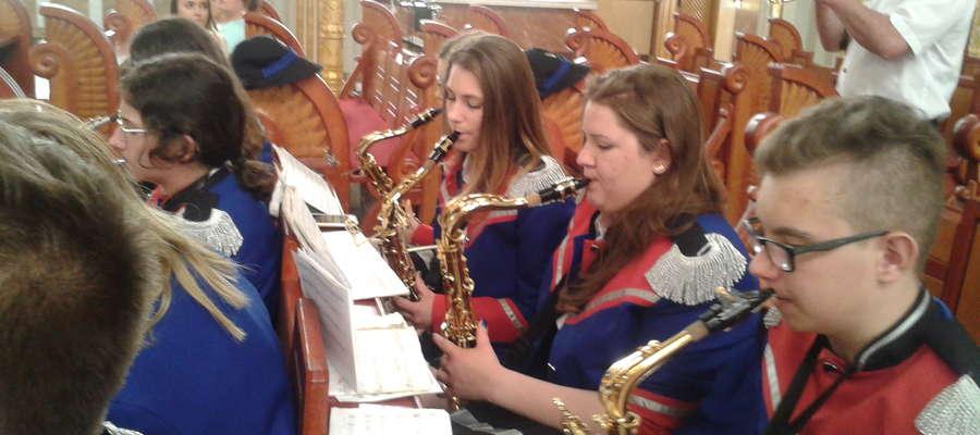 Żuromińska Orkiestra Dęta jako jedyna reprezentowała powiat żuromiński w Licheniu