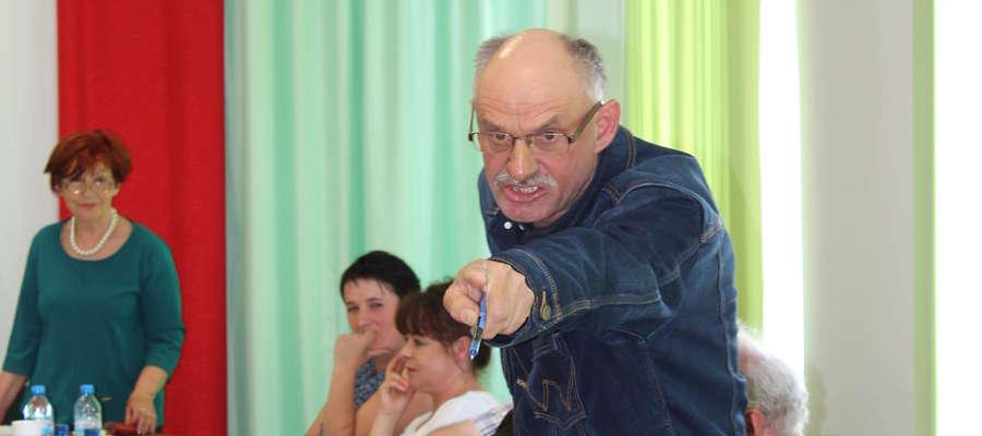 Radny Jerzy Milewski każe wziąć się chlewniarzom za solidne rolnictwo