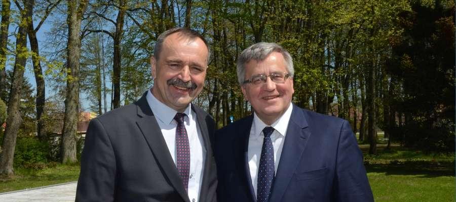Bronisław Komorowski przyjechał do Olecka, aby poprzeć Wacława Olszewskiego w wyborach na burmistrza Olecka
