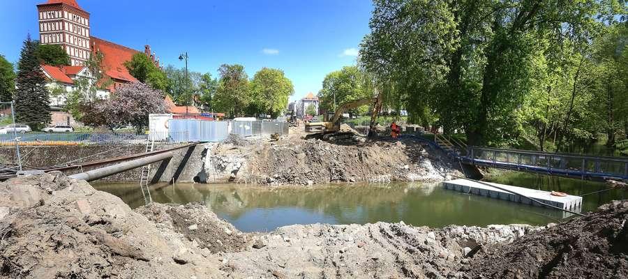 Most Pieniężnego  Olsztyn-rozbiórka mostu na ulicy Pieniężnego.