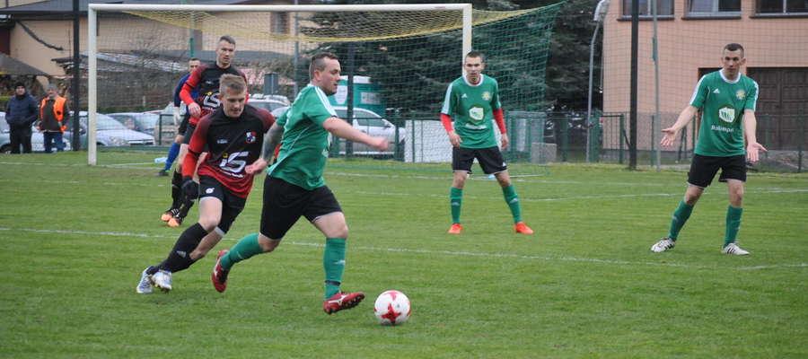 MKS Korsze w meczu z liderem z Wikielca stracił aż 6 bramek, żadnej nie strzelając.