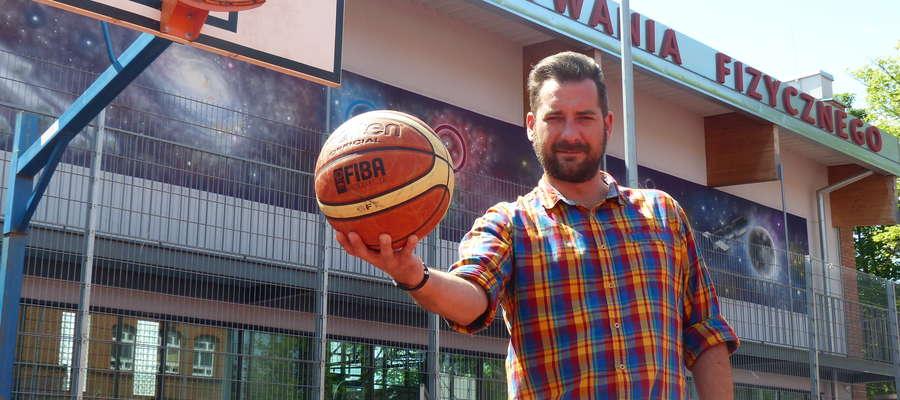 — W Broken Ball koszykówka ma być najważniejsza — mówi Tomasz Woźniak, który na tegoroczny turniej zaprasza do gimnazjum nr 1 w Iławie