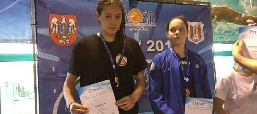 Na zawodach w Mławie Alicja Gajewska (pierwsza z lewej) kolejny raz odniosła sukces