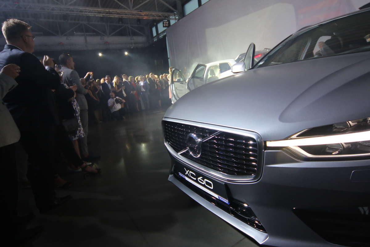 Nowości motoryzacyjne: premiera nowego Volvo XC60  - full image