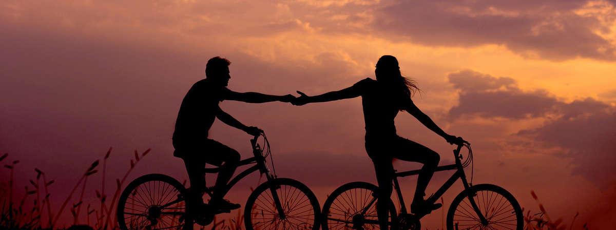 Najkrótszą noc w roku spędzą na rowerach  - full image