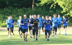 Olsztyńscy piłkarze ćwiczyli podczas pierwszych zajęć pod okiem Sylwestra Wyłupskiego