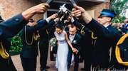 """Ach, co to był za ślub. Adrian i Sylwia powiedzieli sobie sakramentalne """"tak"""""""