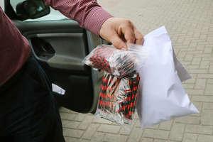 Policja znalazła magazyn z dopalaczami w Olsztynie. I znowu zamknęła sklep na Zatorzu [ZDJĘCIA]