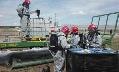 Strażacy w akcji. Ćwiczyli jak reagować w razie awarii przemysłowej