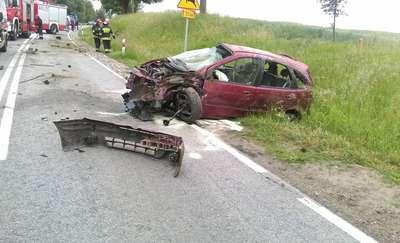 Alkohol, nadmierna prędkość przyczyniły się do wypadku