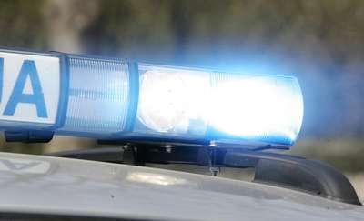 Nastolatek uciekając przed policją zderzył się z radiowozem