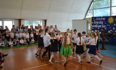 W Zespole Szkół w Lelkowie odbyło się uroczyste zakończenie roku szkolnego.