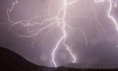 Nadciąga fala upałów i gwałtowne burze
