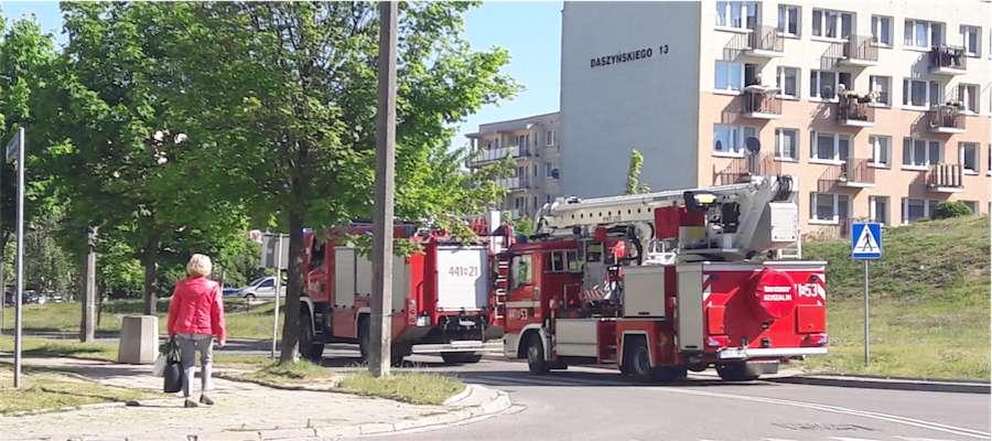 Wozy straży pożarnej na ulicy Daszyńskiego w Giżycku