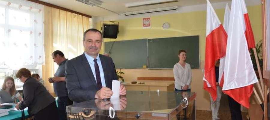 Wacław Olszewski zachęca mieszkańców miasta i gminy Olecko, aby wzięli udział w II turze wyborów przedterminowych