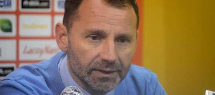 Ostatecznie Tomasz Asensky, a nie Artur Derbin, poprowadzi piłkarzy Stomilu